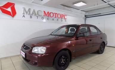 Hyundai Accent Красный